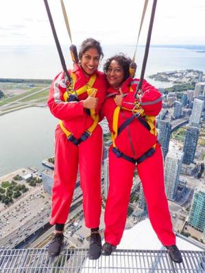 kait and mom cn tower